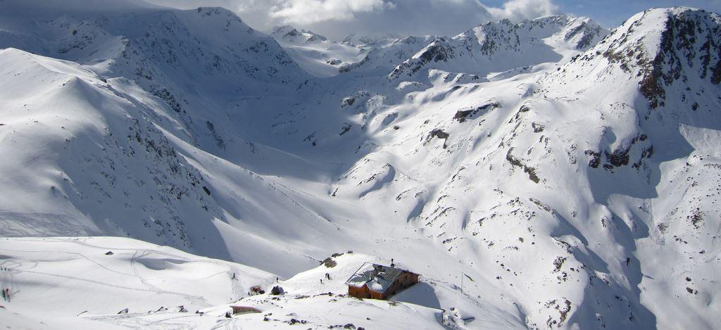 Capodanno in baita o rifugi delle dolomiti vacanze e for Rifugio in baita di montagna