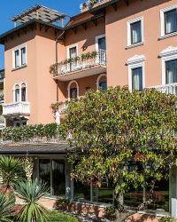 Hotel Regina Adelaide sul Lago di Garda